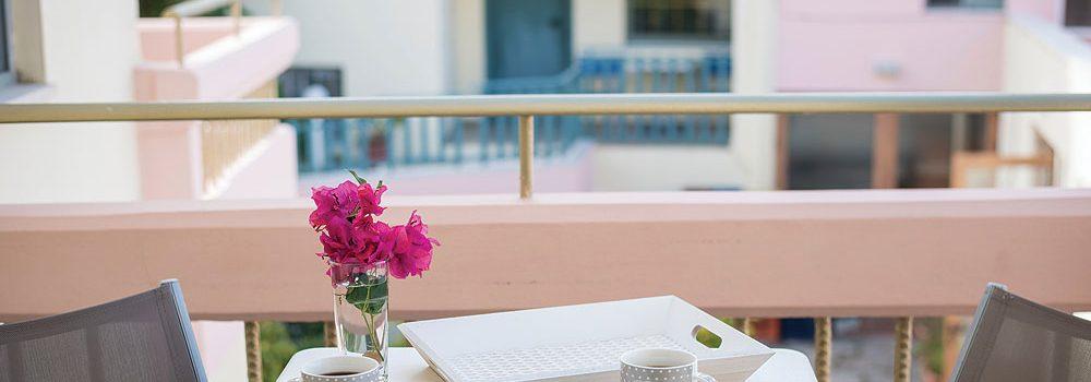 aoartments-garden-level-balcony